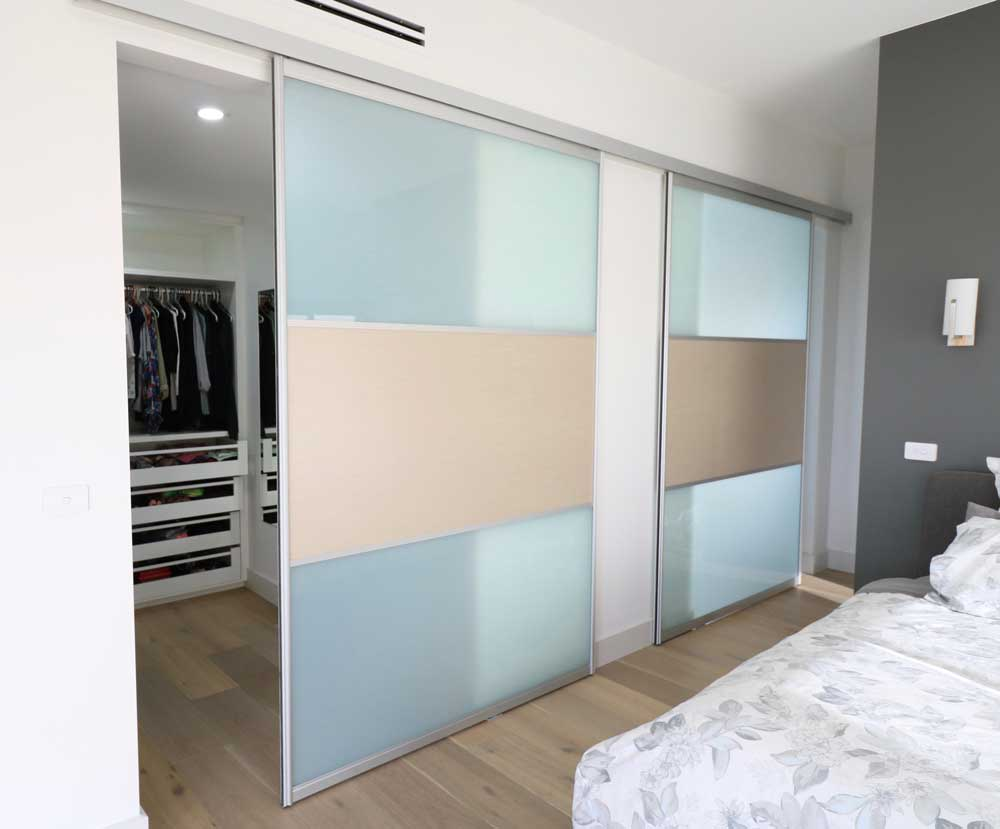 Top Hung Sliding Doors to the Walk in Robe